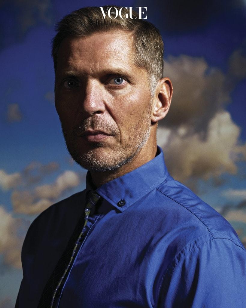 'Portrait', 2012 사진가 어윈 올라프.