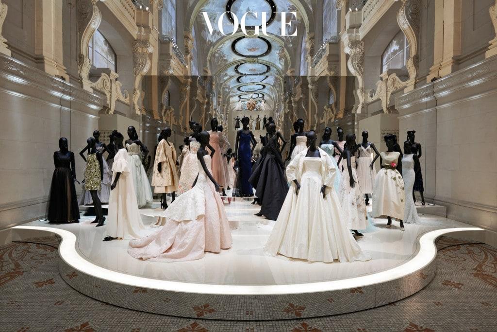 《Christian Dior, Couturier du Rêve》