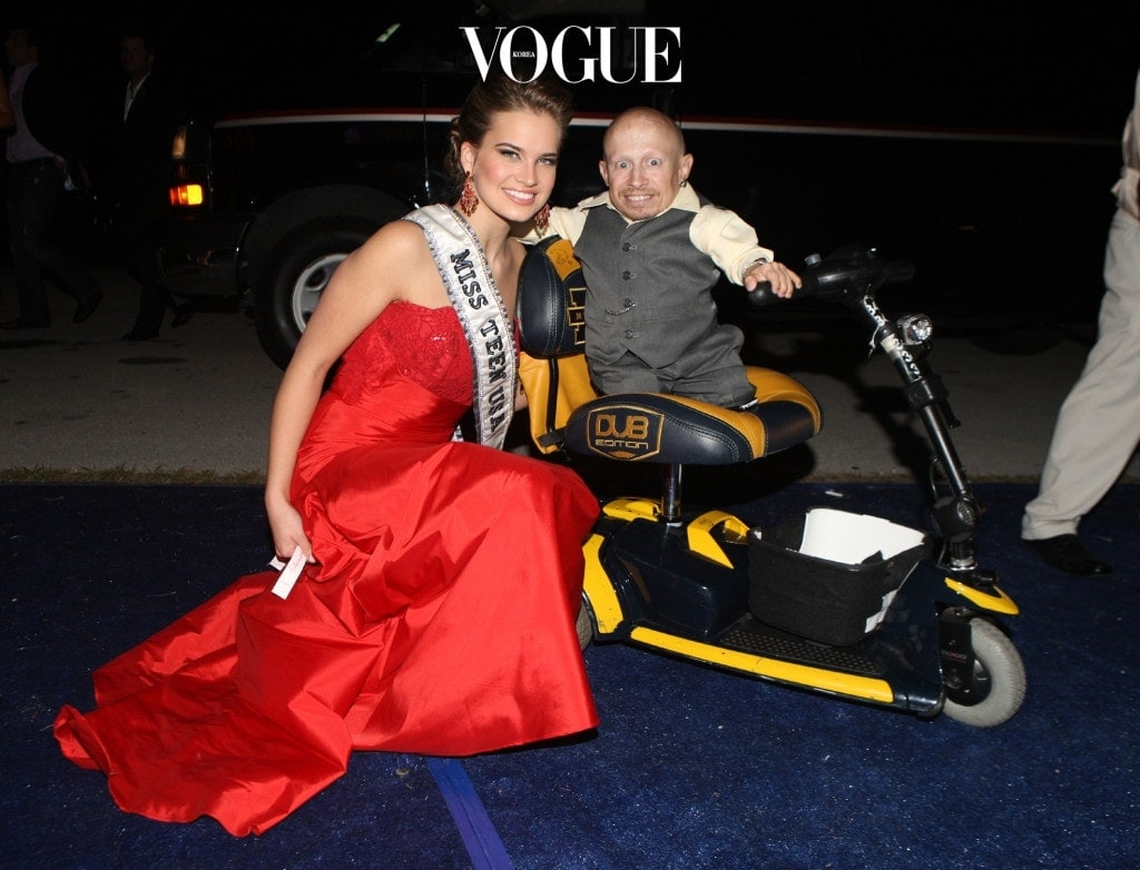 Celebrities attend the Best Buddies Miami Gala. Best Buddies is a community created by the Kennedy family to help people with intellectual disabilities.  Pictured: Verne Troyer and Miss Teen USA Stormi Bree Henley Ref: SPL141150  201109   Picture by: Garces / Montana / Splash News Splash News and Pictures Los Angeles:310-821-2666 New York:212-619-2666 London:870-934-2666 photodesk@splashnews.com