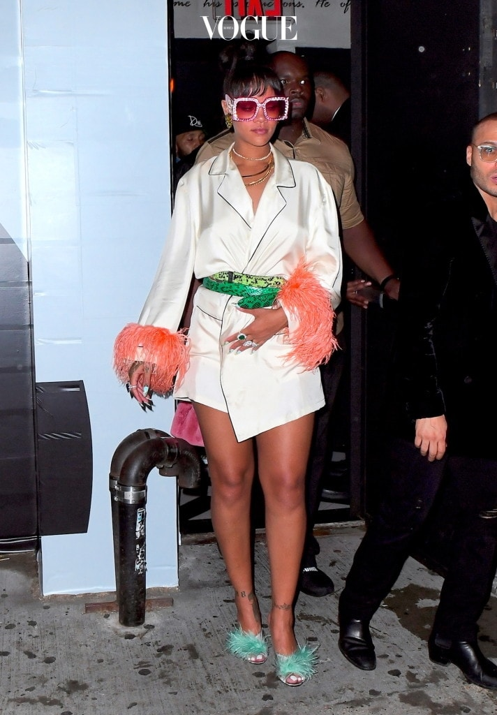 Rihanna Looks like a Diva as she leaves Met Gala After Party at 6am wearing Pajamas and Gucci Sunglasses Pictured: Rihanna Ref: SPL1490427  020517   Picture by: 247PAPS.TV / Splash News Splash News and Pictures Los Angeles:310-821-2666 New York:212-619-2666 London:870-934-2666 photodesk@splashnews.com