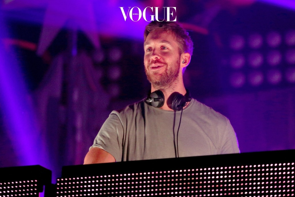 ST PAUL, MN - DECEMBER 07:  DJ Calvin Harris performs onstage during 101.3 KDWB's Jingle Ball 2015 at Xcel Energy Center on December 7, 2015 in St Paul, Minnesota.  (Photo by Adam Bettcher/Getty Images for iHeartMedia)