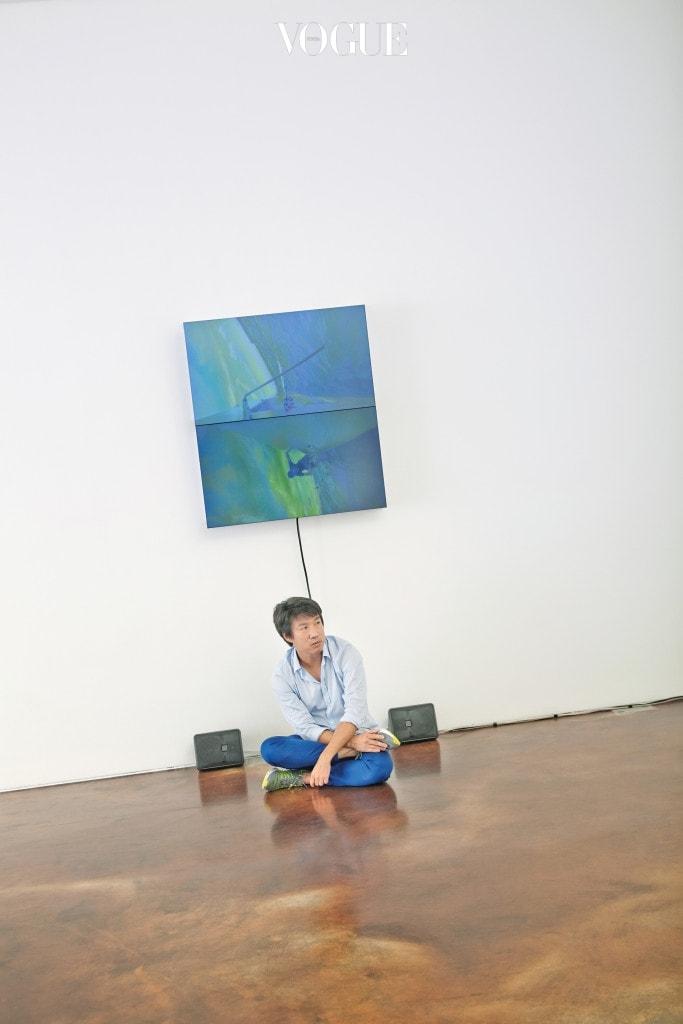 싱가포르의 해상 지리 및 역사에 대한 연구를 바탕으로 한 작품을 선보이는 찰스 림 이 용.