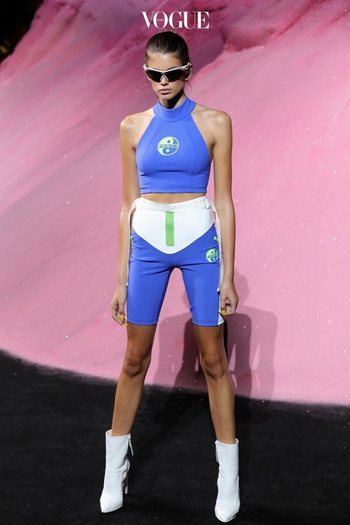18S/S FENTY PUMA by Rihanna Kaia Gerber