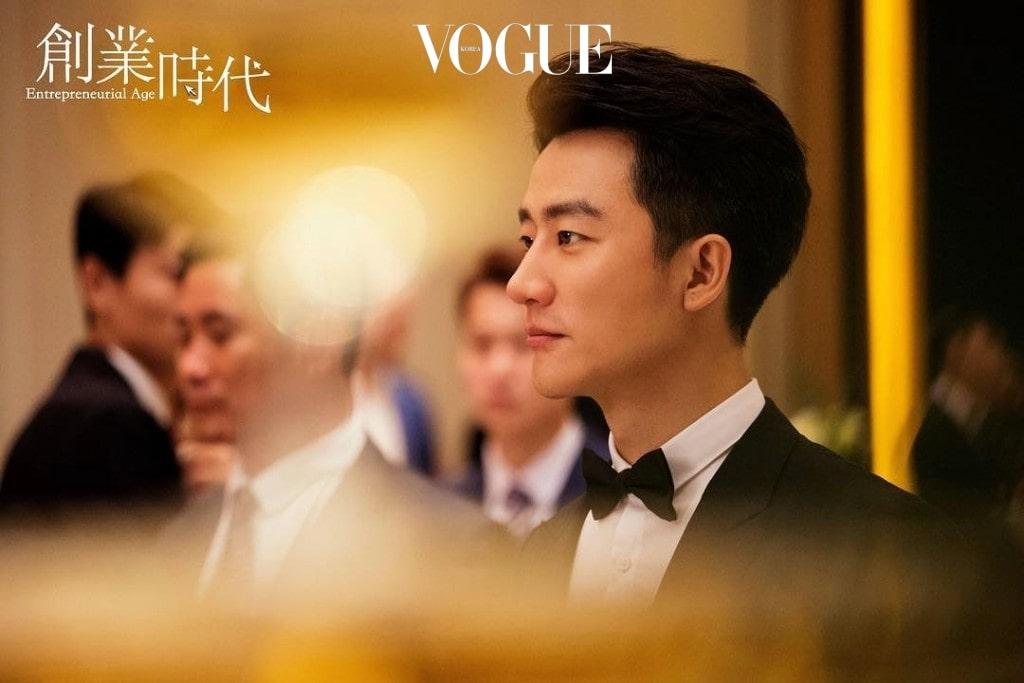 1985년생 간쑤 성 란저우 시 출신의 황헌은 2007년 영화 으로 데뷔한 후
