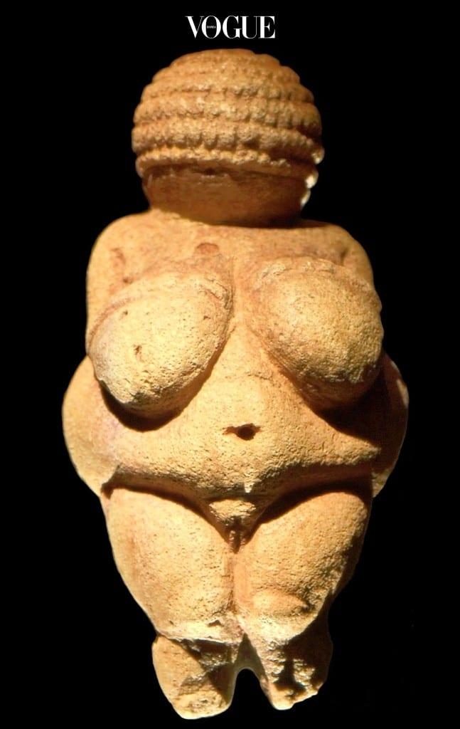 미인에 대한 기준 역시 시대에 따라 변하기 마련이니까 말이에요. Willendorf Venus 구석기시대의 비너스 조각상