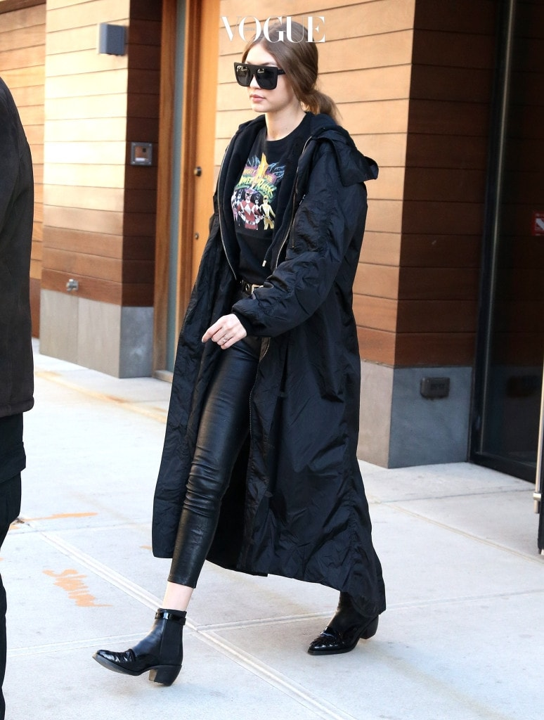 Gigi Hadid spotted out and about in New York City. Pictured: Gigi Hadid Ref: SPL1463997  200317   Picture by: Splash News Splash News and Pictures Los Angeles:310-821-2666 New York:212-619-2666 London:870-934-2666 photodesk@splashnews.com