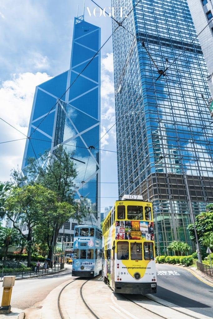 문을 연 1990년에는 아시아에서 큰 주목을 받은 홍콩의 차이나 은행(Bank of China).