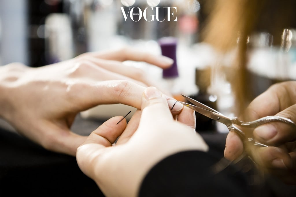 NEW YORK, NY - FEBRUARY 11:  A model has nail art applied backstage at the Creatures of Comfort fashion show at the Fall 2016 New York Fashion Week on February 11, 2016 in New York City.  (Photo by Daniel C Sims/Getty Images)