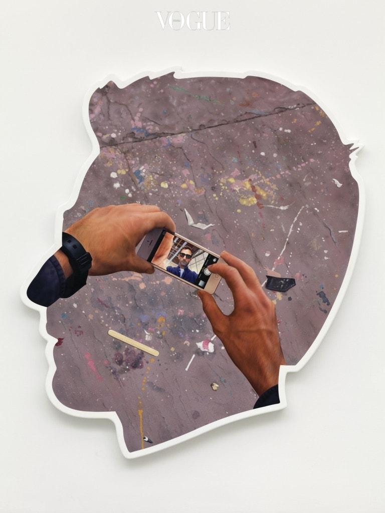 Self-Portrait (Selfie and Studio Floor), 2014, Acrylic and bondo on fiberglass. Photo by Thomas Muller
