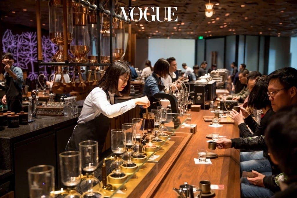 Starbucks_Roastery_Shanghai_-_Top_10_Things_(20)