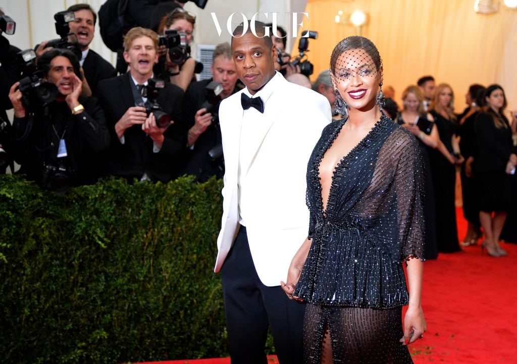 """NEW YORK, NY - MAY 05:  Jay-Z (L) and Beyonce attend the """"Charles James: Beyond Fashion"""" Costume Institute Gala at the Metropolitan Museum of Art on May 5, 2014 in New York City.  (Photo by Mike Coppola/Getty Images)"""