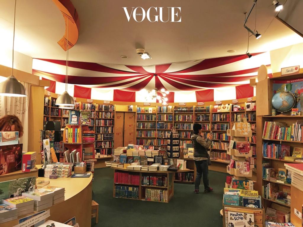 네덜란드의 어린이 전문 서점 'Kinderboekwinkel'. 독자들이 나서서 폐쇄를 막은 룩셈부르크의 'Librairie Alinea'. 네덜란드의 여행 전문 서점 'De Noorderzon'.