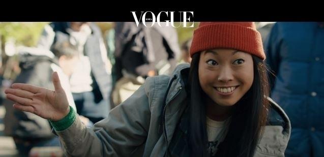 미국의 여성래퍼, 아콰피나가 등장합니다. 길거리에서 활동하는 소매치기 '콘스탄스'를 파격적으로 캐스팅 한 것!