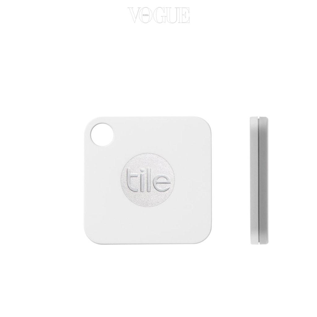 타일 메이트(Tile Mate)의 키 파인더는 네모형태의 플라스틱 카드인데요,