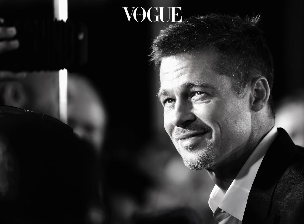 """""""스트레스가 차오를 때면 어린 시절부터 관심을 가졌던 건축물에 마음을 돌려요. 특히 산책을 하면서 우리집에 구조적으로 필요한 것이 더 없나 생각하죠. 그것은 마치 퍼즐과도 비슷한데, 내게 굉장히 큰 평안을 안겨줘요."""" 브래드 피트 Brad Pitt"""