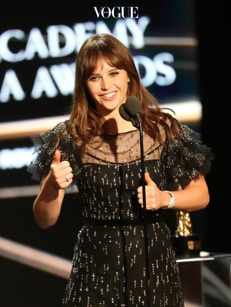 그녀의 이름을 확실하게 각인시킨 영화는 입니다. 이 작품으로 87회 아카데미는 물론 BAFTA, 골든 글로브, 크리스틱 초이스, SAG 등 수많은 시상식에서 주연상 후보로 지명되었죠.