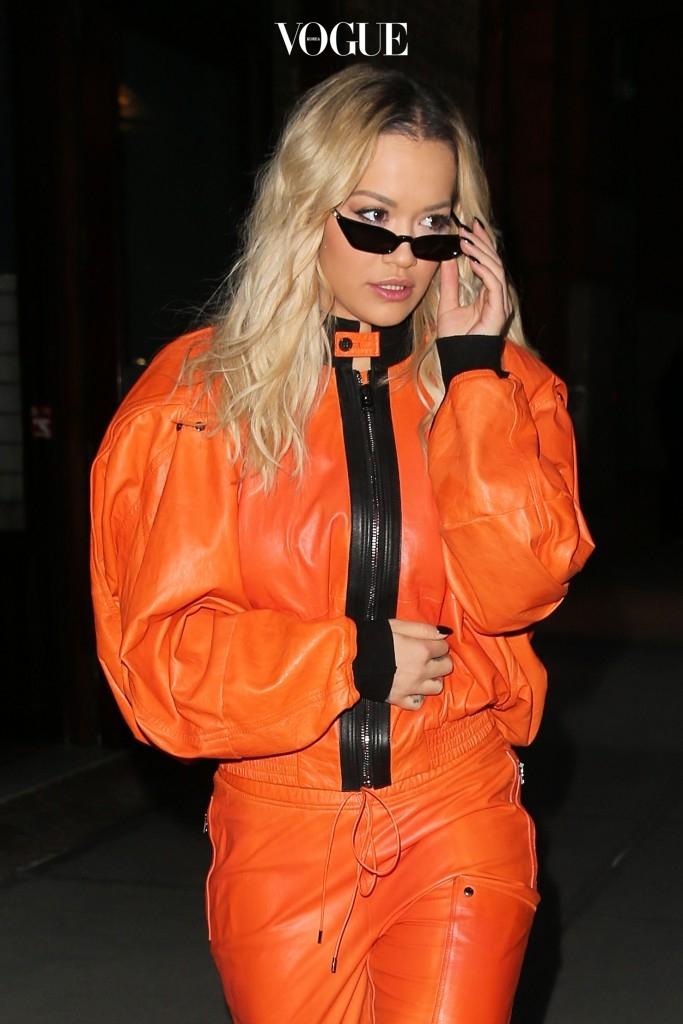 팔색조 스타일을 선보이는 리타 오라, Rita Ora