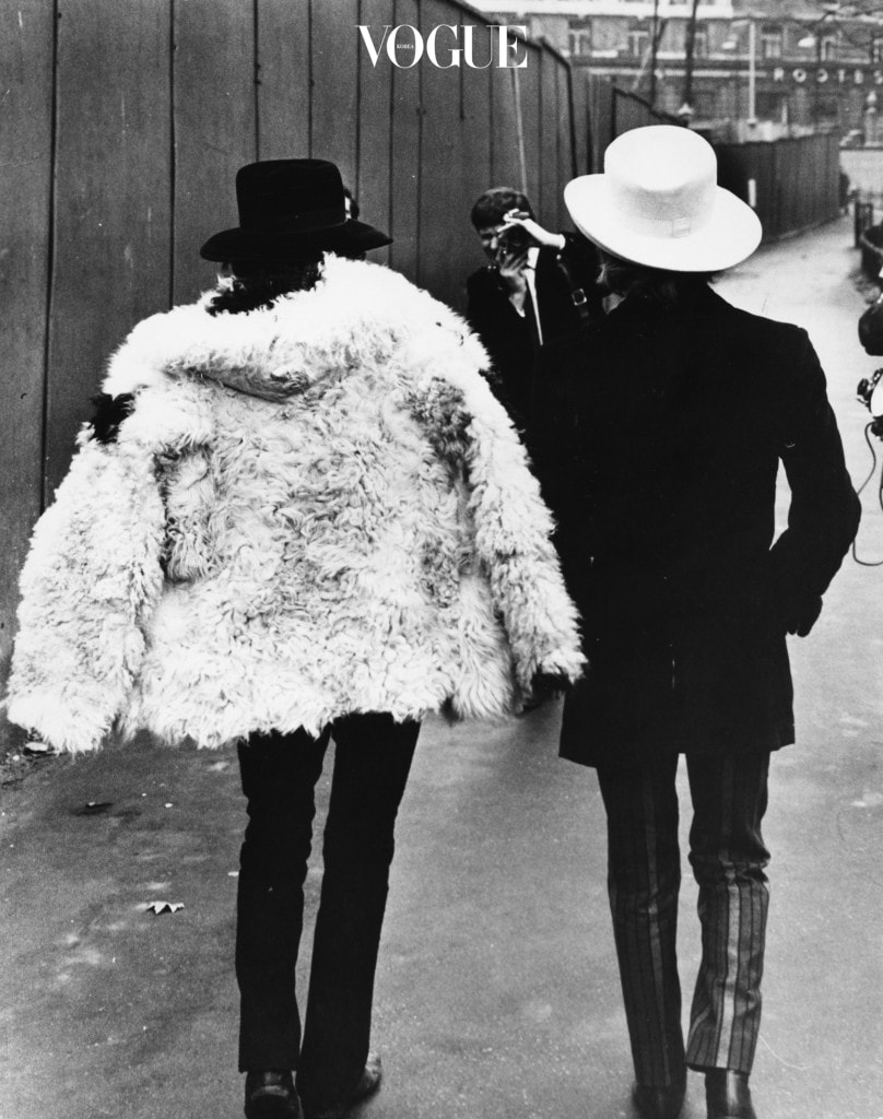 'The Rolling Stones' musicians Brian Jones (right) and Keith Richards pictured walking away from camera during a photocall in Green Park, London, January 11th 1967. (Photo by Roger Jackson/Central Press/Getty Images)
