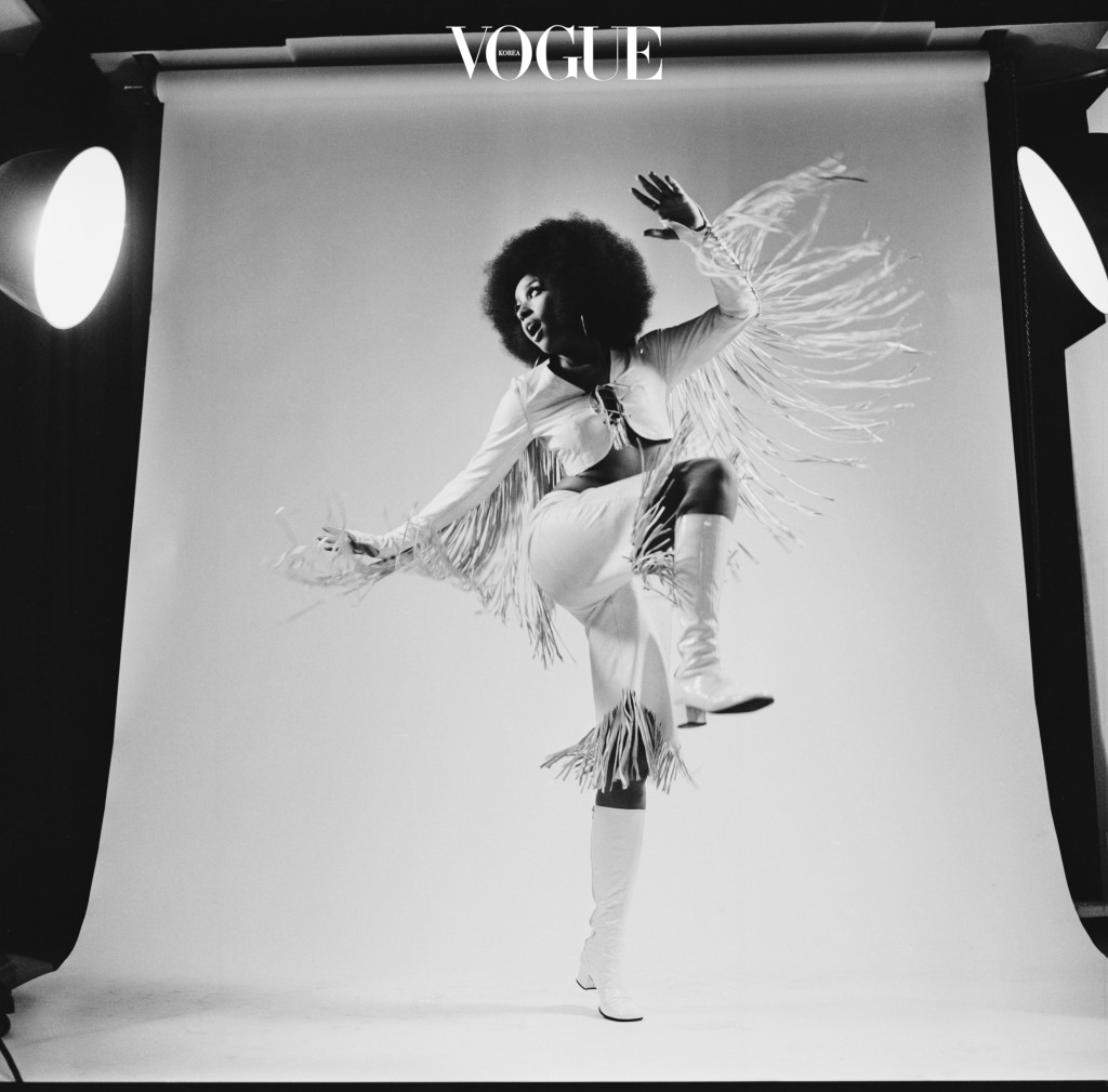 American singer, actress and model Marsha Hunt, 21st August 1969. (Photo by McCarthy/Daily Express/Hulton Archive/Getty Images)